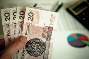 Koronawirus: Ruszyły bezzwrotne dotacje dla małych firm. Jak złożyć wniosek o dotację?